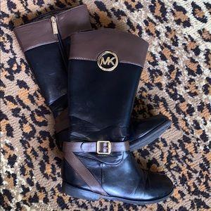 Big kids Michael Kors boot -size 4
